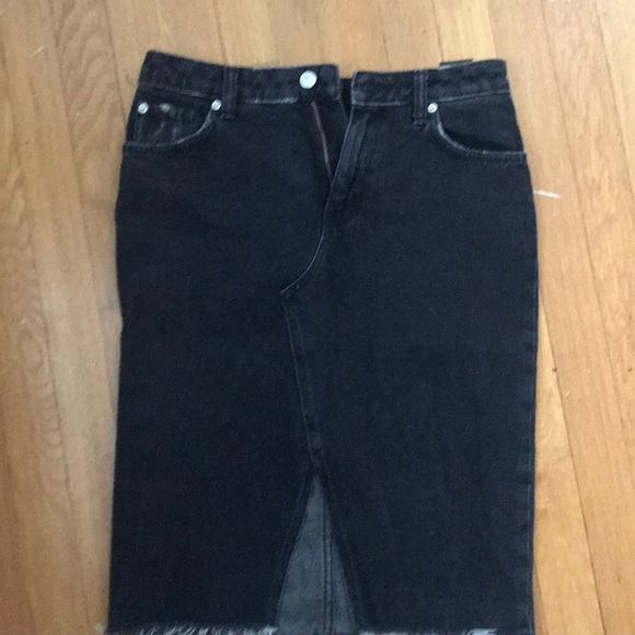 H&M Dresses & Skirts - Black denim pencil skirt with front slit
